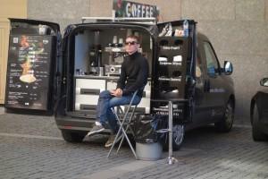 Odile - Marchand de café dans Saint-Petersbourg (Russie)